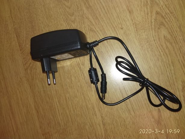 Адаптер, зарядка, блок живлення 12вольт,2 ампера