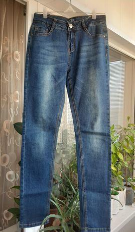 Джинсы , джинсы синие