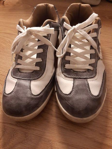 Sapato de Homem - Novo