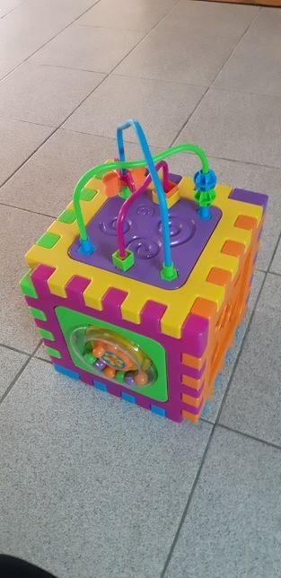 Cubo Didático Criança