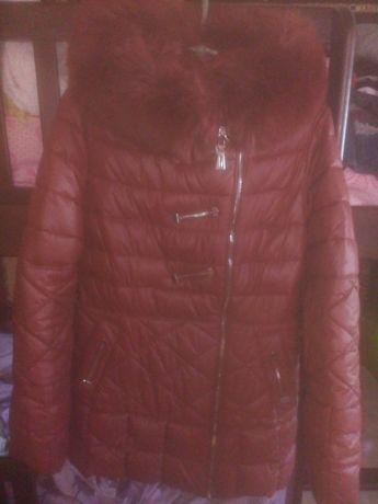 Продам курточку размер 46