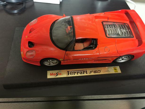 Miniatura Ferrari f50 de colecção