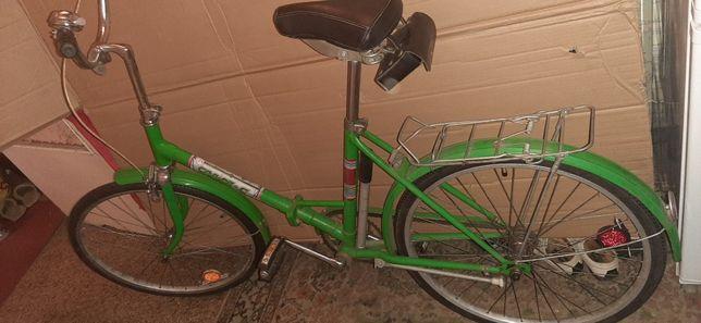 Складной велосипед салют взросло-подростковый в хорошем состоянии.
