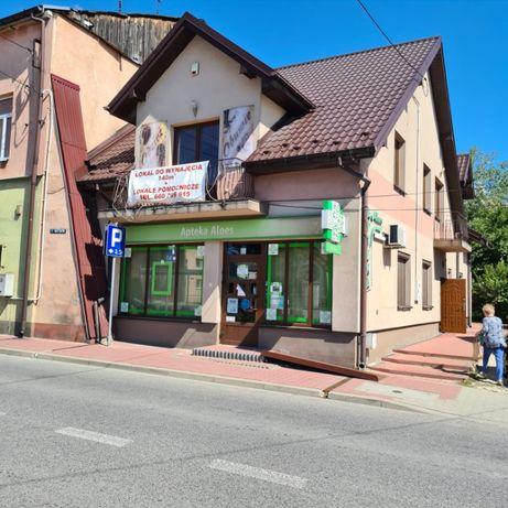 Budynek handlowo-usługowy w centrum Działoszyc