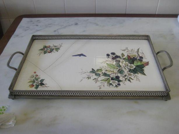 Antiguidade séc XVII – tabuleiro porcelana francesa