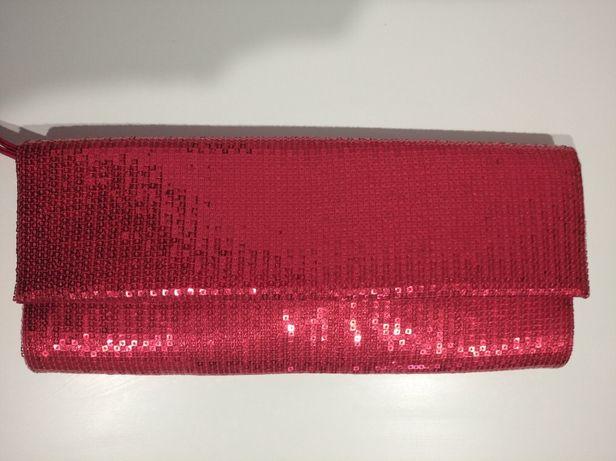 Классический красный клатч пайетки. Красная сумочка в пайетках.