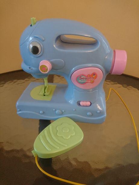 Maszyna do szycia - zabawka