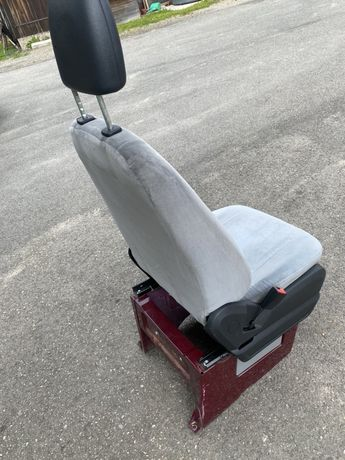 Fotel kierowcy pilota Mercedes Sprinter W906 Crafter