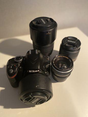 Nikkon D3200 + Nikkor 50mm Nikkor 18-55mm Tamron70-300 Chinon 28mm