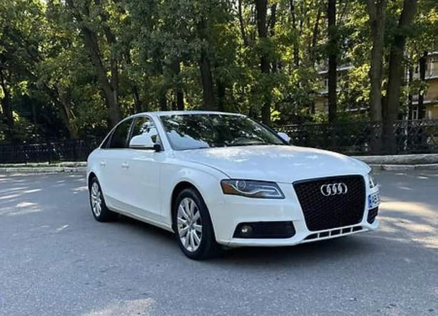Продається Audi A4
