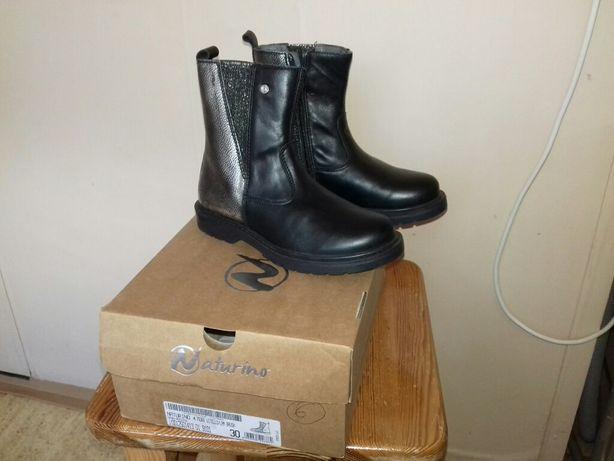 Нове взуття дитяче чобітки  Naturino 30 розмір