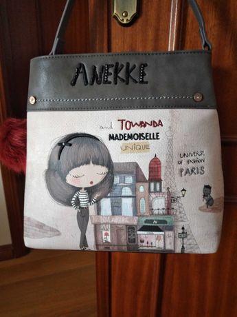 BAIXA PRECO - Mala carteira de senhora marca Anekke, nova