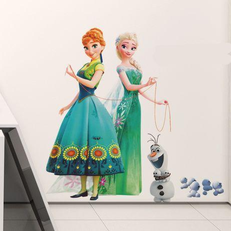 Наклейка в детскую комнату Эльза и Анна