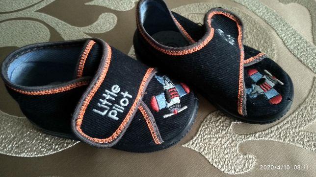 Детские мокасины на мальчика 19 р 11.5 см первая обувь,домашние тапки