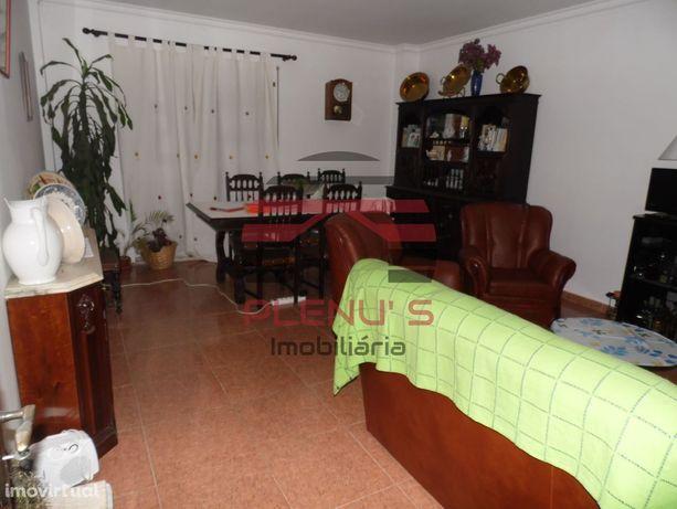 Apartamento T2 para venda em Elvas.