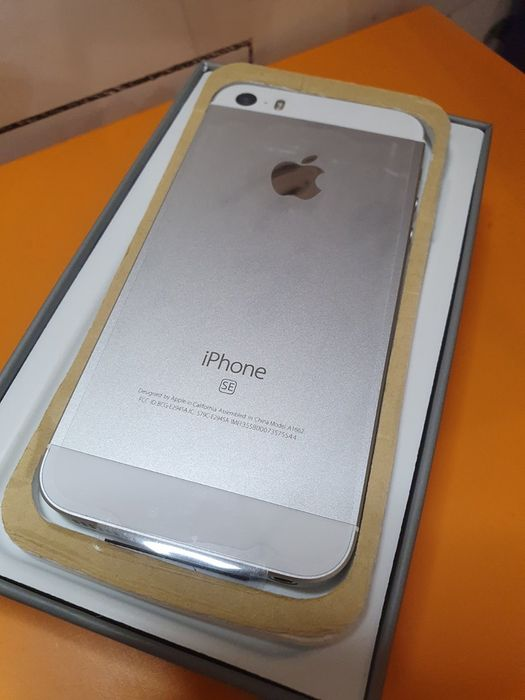 Iphone se 16gb silver Алексеевка - изображение 1