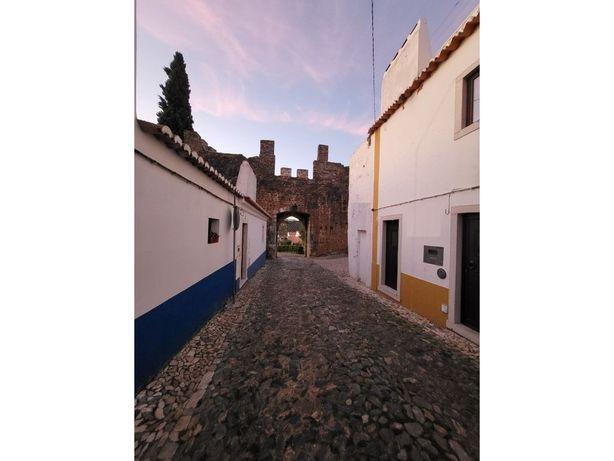 Moradia T2 no Castelo em Vila Viçosa