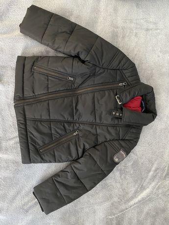 Детская куртка черная деми