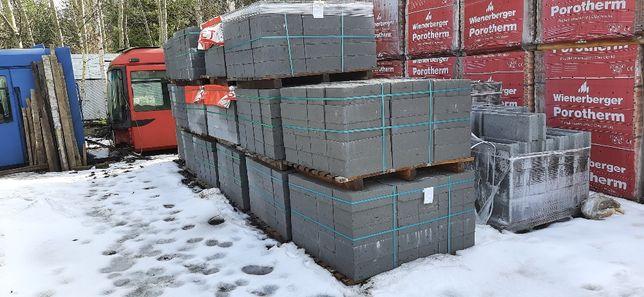 Bloczek betonowy - fundamentowy 12x24x38