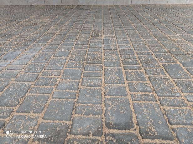 Укладаю недорого тротуарну плитки