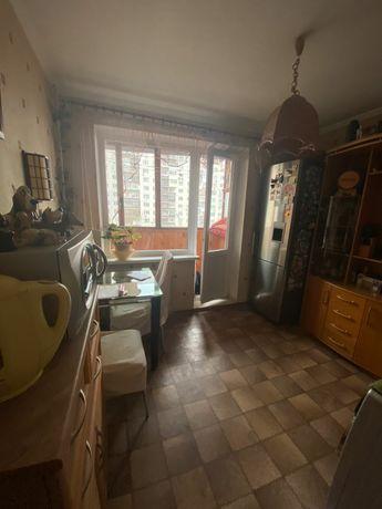 Срочно продам двухкомнатную квартиру на Челябинской 17