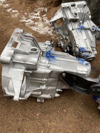 Коробка передач ВАЗ 2110 2112 калина 1118 приора 2170 на 2 шпильки