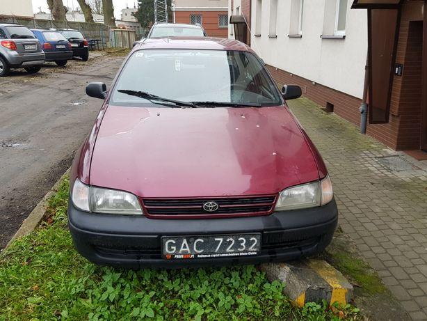 Toyota Carina e sedam