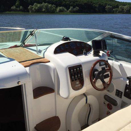 Каютный катер-яхта Sessa Islamorada 23