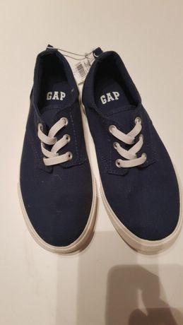 Trampki GAP nowe 34