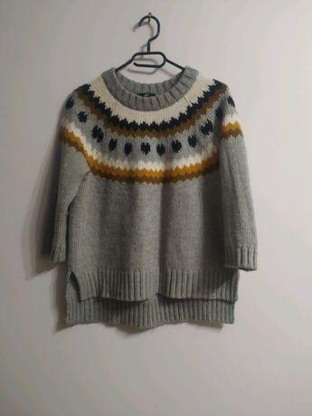 Szary sweterek we wzory rozm. M