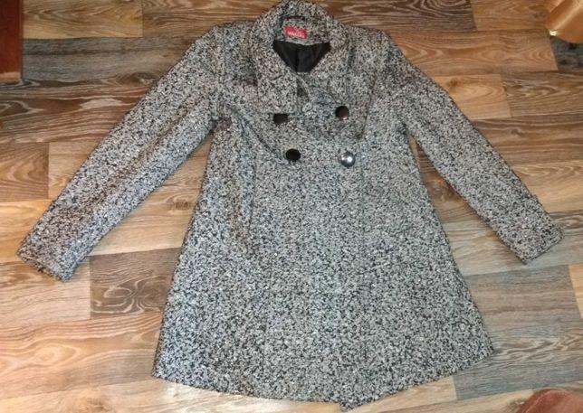 Пальто женское шерсть весна/осень 48 размер