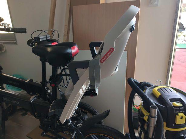 Cadeirinha de bebé para bicicleta