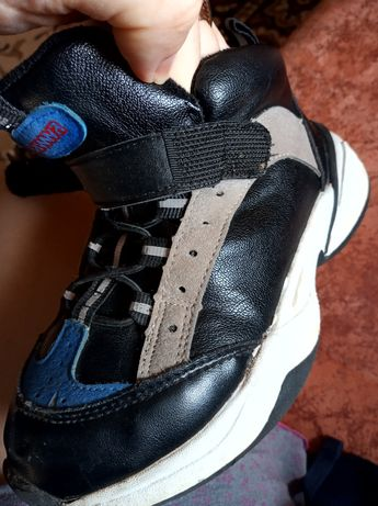 Ботинки осенние в новом состоянии