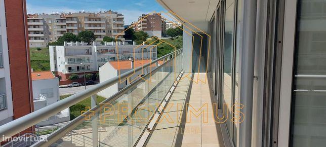 Apartamento T2 novo à beira mar em Buarcos c/ 2 parqueamentos