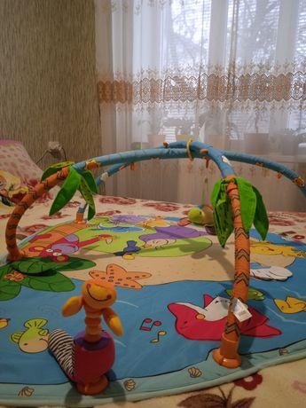 Продам развивающийся коврик для детей