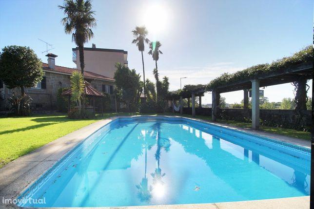 Visite Quinta T6 Vila das Aves piscina