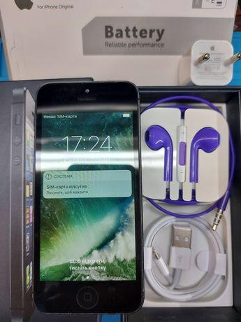 Apple iPhone 5 16 Gb с коробкой комплект новый аккумулятор оригинал