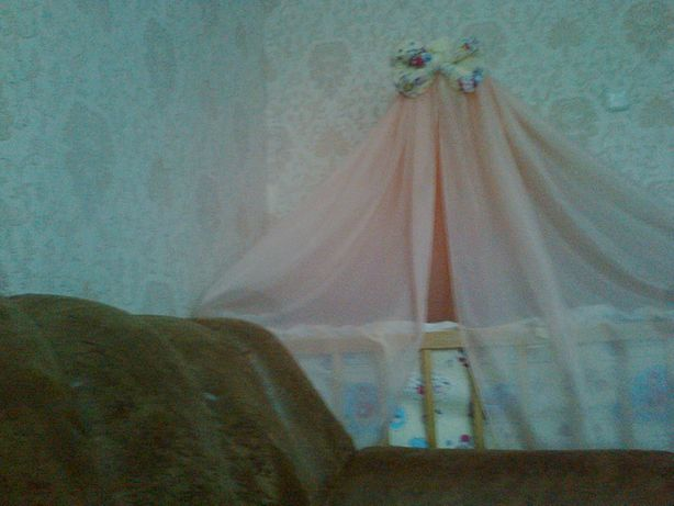 Балдахин и защита на кроватку и подставка,держатель