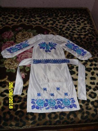 платье бисером