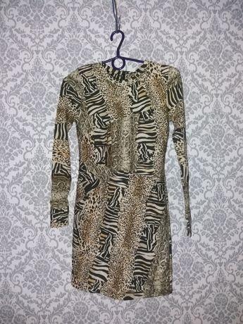 Sukienka mini w zwierzęcy pritnt topshop