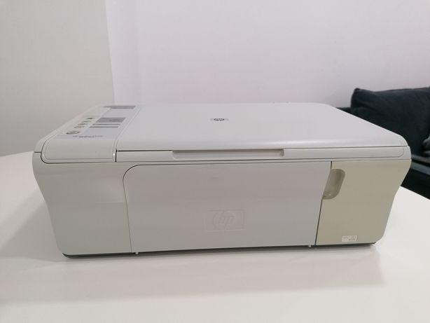 Impressora Multifunções HP Deskjet F4210