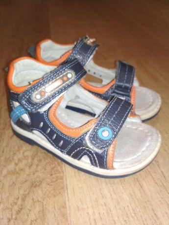 Босоножки сандали для мальчика натуральная кожа Clibee