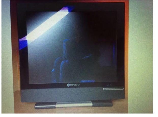 Neovo sprawny monitor do komputera jak nowy, odbiór osobisty