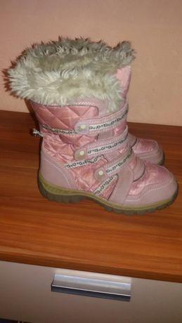 Зимние сапоги. Зимние ботинки 21 - 22 см стелька . 33 - 34 размер .