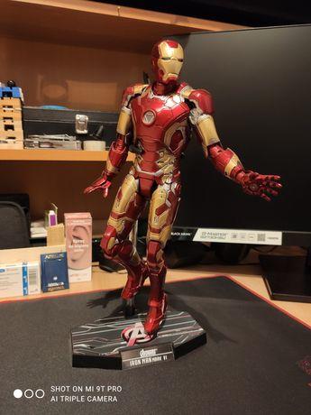 Figurka Iron Man Mark VI