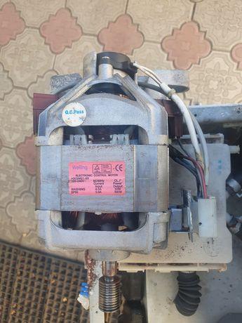 Продам мотор для стиральной машины LG.