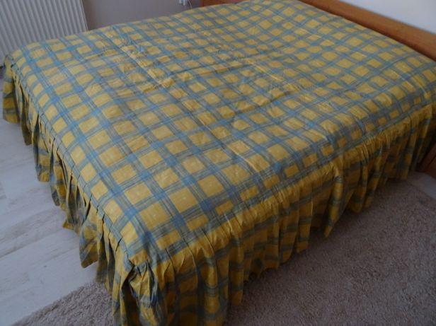 Narzuta w kratę na łóżko dwuosobowe