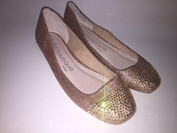 Туфли балетки со стразами размер 40