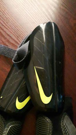 Ochraniacze na piszczele i kostki Nike