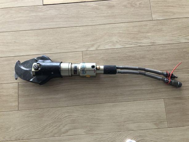 Nożyce Hydrauliczne-przewody plus pompa /komplet